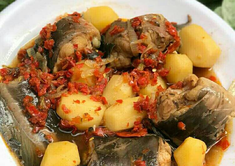 Recipe of Super Quick Homemade Catfish peppersoup with pototoes