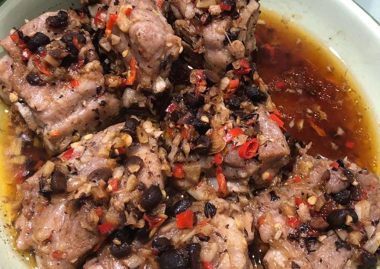 Simple Way to Make Award-winning Spicy Garlic Fermented Bean Steamed Pork Ribs