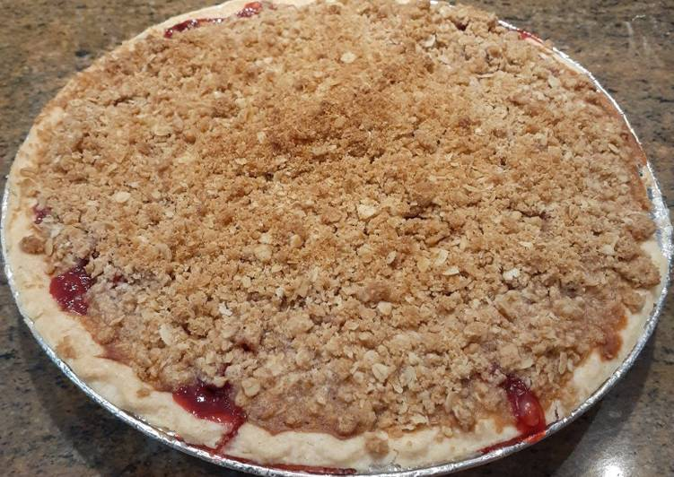 Easiest Way to Prepare Perfect Strawberry Rhubarb Crisp