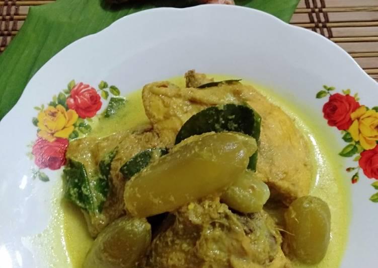 Ayam Masak Lemak Cili Api Campur Belimbing Buluh - velavinkabakery.com