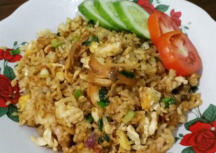 Resep Nasi Goreng Ayam oleh Rizki Nurfaizah - Cookpad