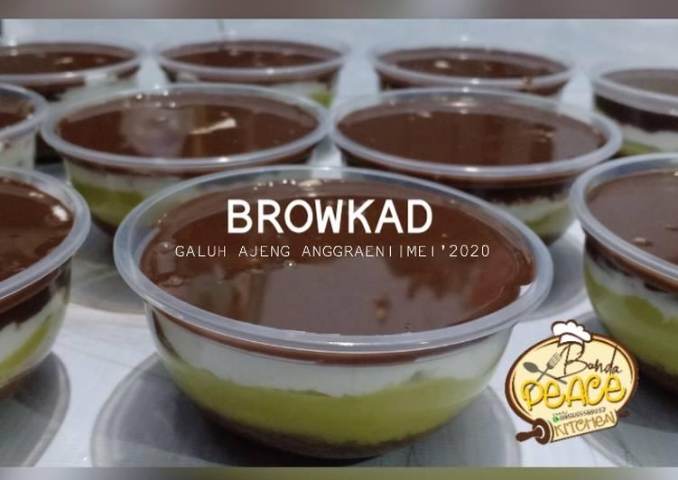 Browkat (brownies alpukat cokelat)