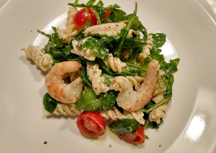 Shrimp, arugula and goat cheese rotini