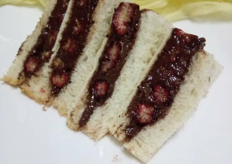 Cara Mudah Masak: Sandwich Coklat Hazelnut dan Mulberry  Dirumah