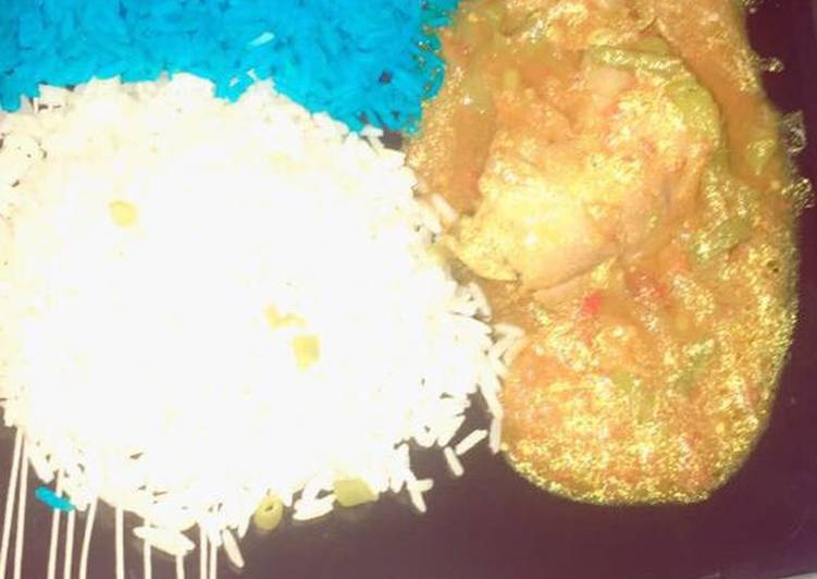 Blue & White Rice With chicken Soup., Helping Your To Be Healthy And Strong with Food