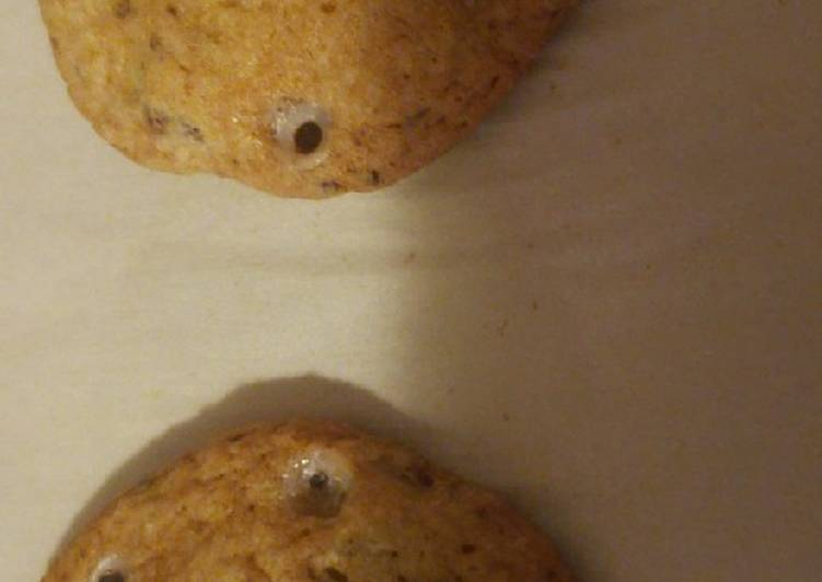 Halloween Eyeball Chocolate Chip Cookies