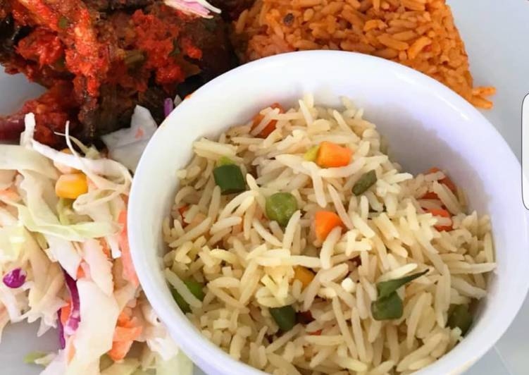 Tutorial to Cook Divine Jollof rice, fried rice, peppered chicken and coleslaw