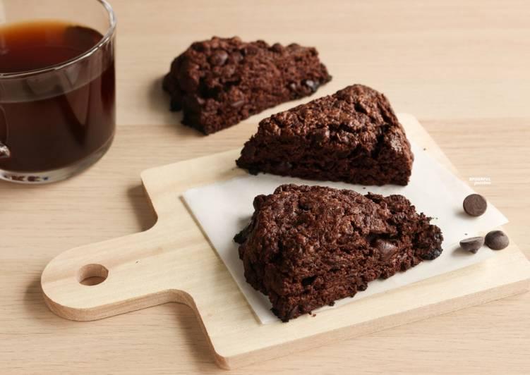 Chocolate Scones [Eggless Recipe]