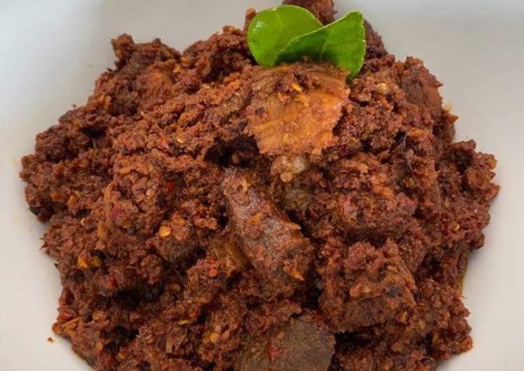 Rendang daging & paru sapi (Jawa)
