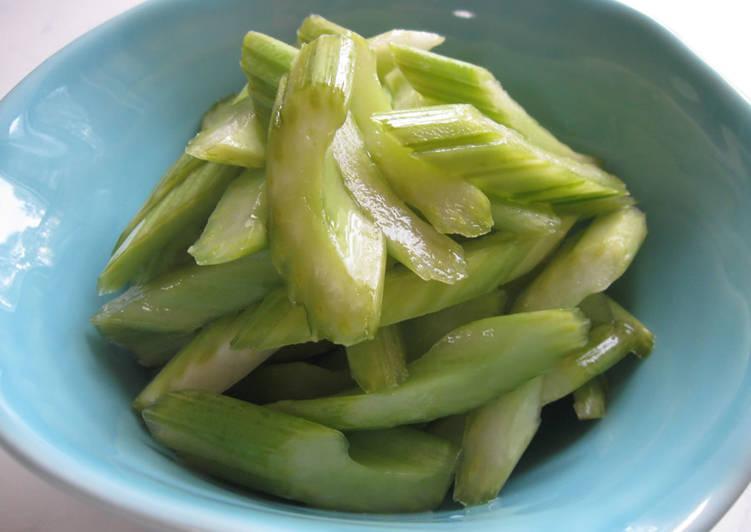 Kombucha Pickled Celery