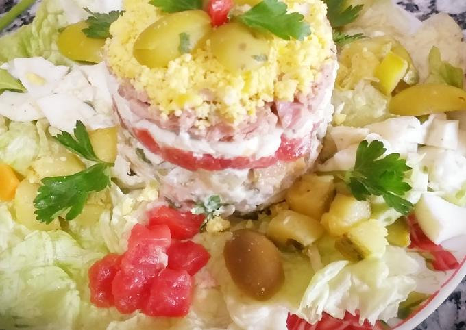 Mimosensalat mit Gemüse und Thunfisch in Öl😛😛👍🎄🎄🎄