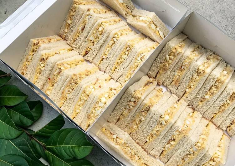 Sandwich Telur & Tuna - velavinkabakery.com