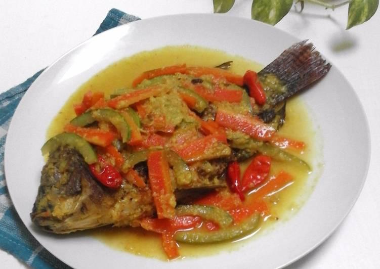 Ikan Bumbu Acar / Pesmol