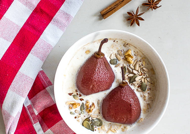 Overnight oats with poached pears