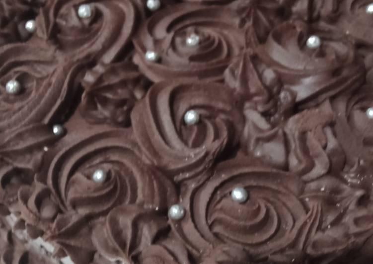Steps to Make Award-winning Eggless chocolate cake