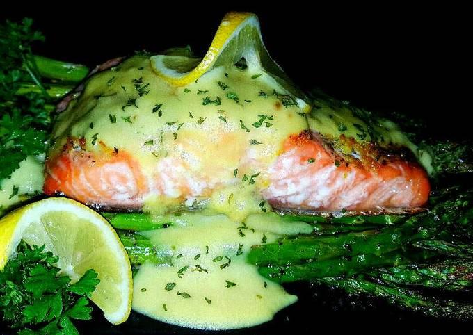 Mike's EZ Baked Salmon & Asparagus W/ Hollandaise