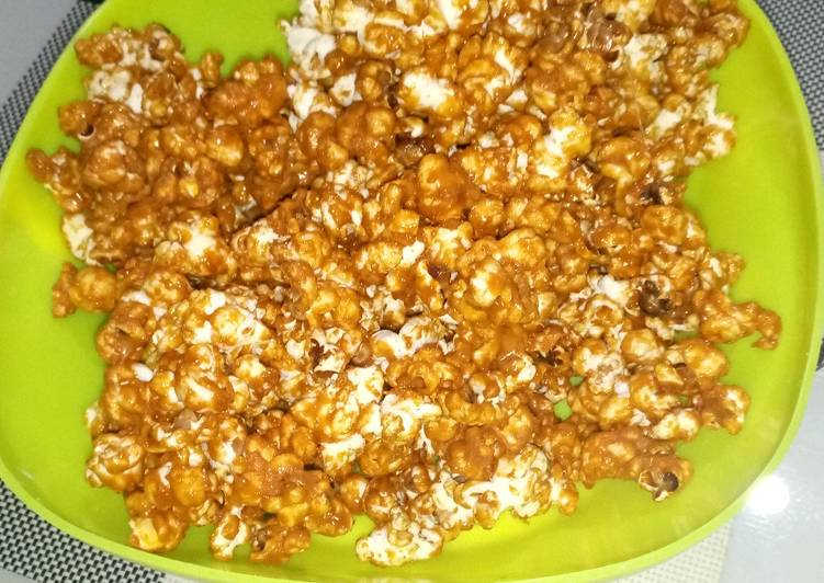 Use Food to Boost Your Mood Salted Caramel Popcorns