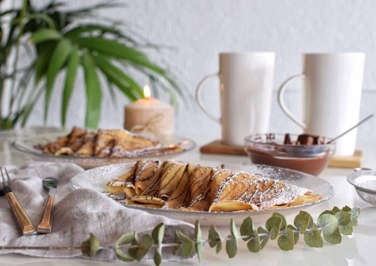 Crepes rellenos de chocolate y plátano