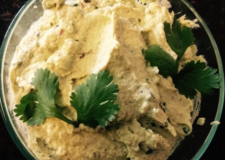 Raw Vegan Cilantro Cashew Dip
