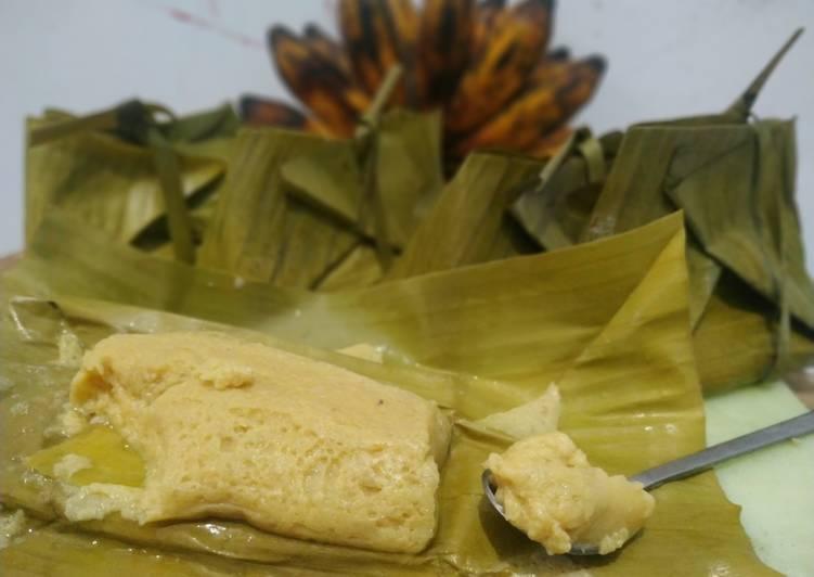 Barongko kue khas bugis (dengan dan tanpa daun pisang) - cookandrecipe.com