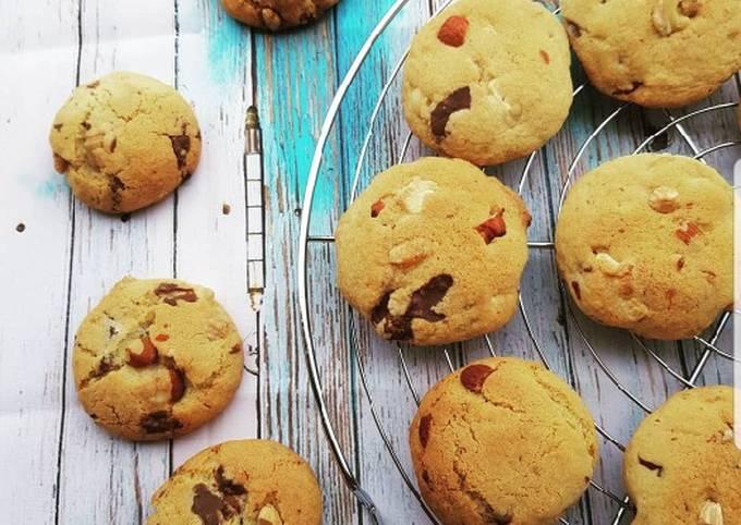 Biscuits aux fruits secs et pépites de chocolat