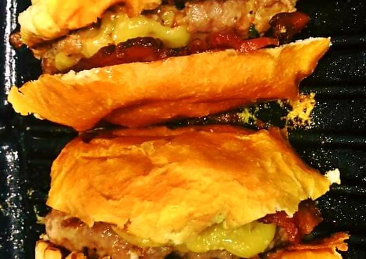 Simple Way to Prepare Award-winning Beef Cheese Burger