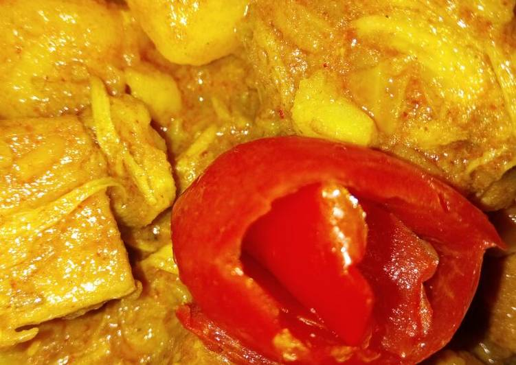 Step-by-Step Guide to Prepare Favorite Raw Jackfruit Curry (without onion,garlic)