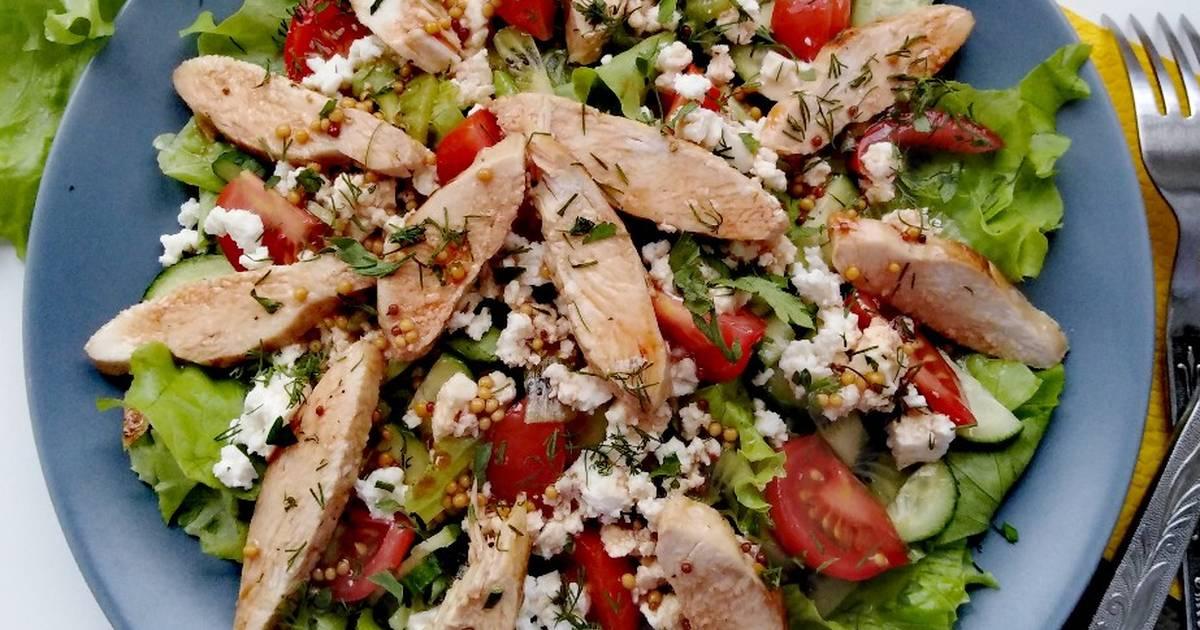 Салат с курицей и фетаксой