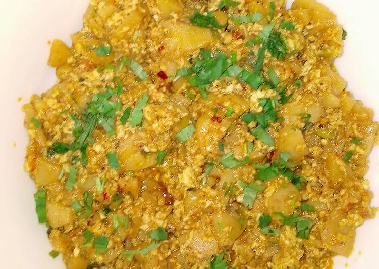 Steps to Prepare Super Quick Homemade Anday Aloo Ki bhujia