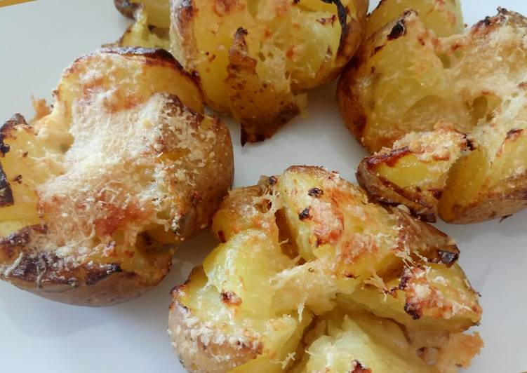 How to Prepare Homemade Parmesan spuds