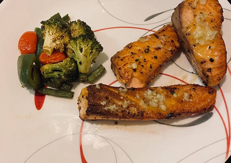 Lemon burnt garlic salmon