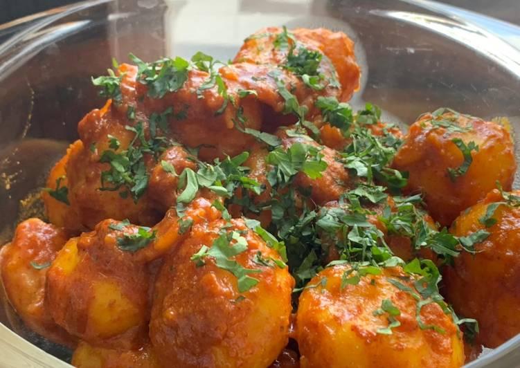 Foods That Make You Happy Street style kathiawari aloo 😋
