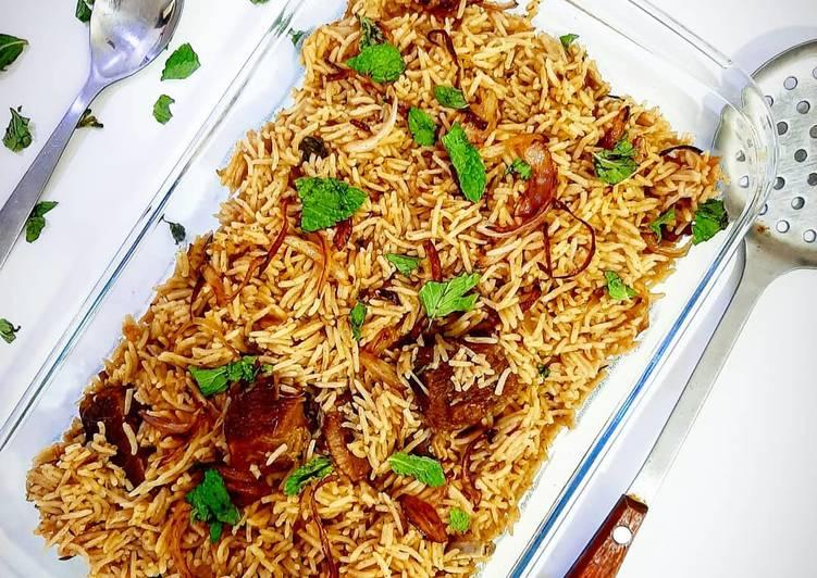 Steps to Make Homemade Mutton Yakhni pulao