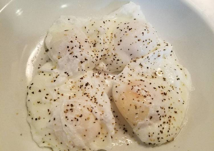 Recipe of Quick Poached Eggs