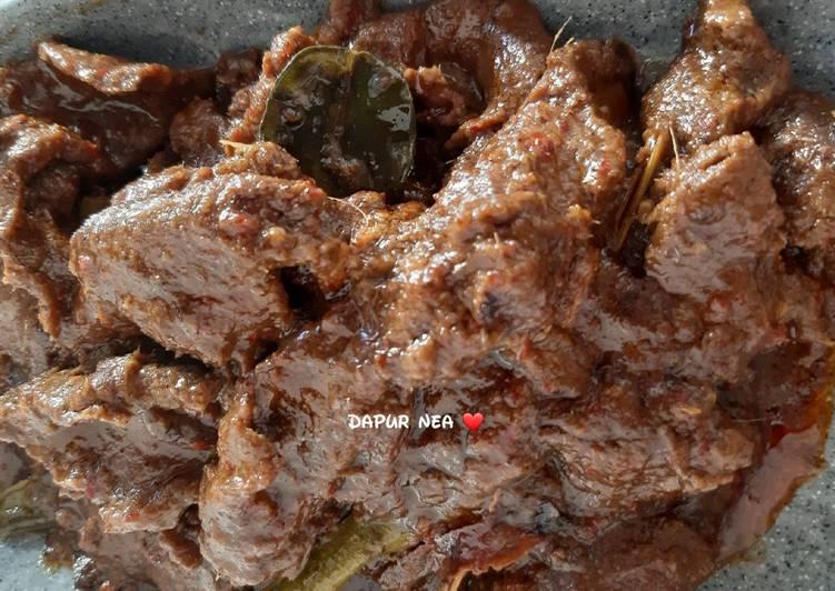 Rendang Daging Sapi (Padang)