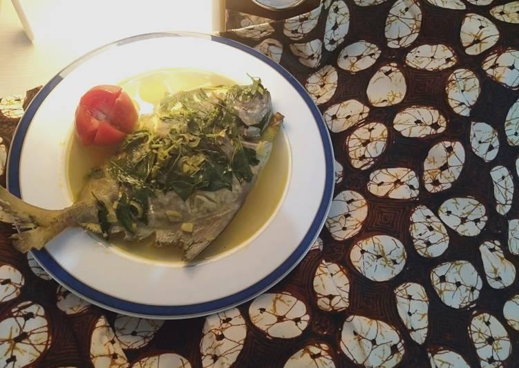 Sup ikan bawal kuah kuning
