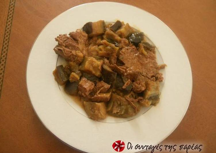 Eggplants with beef in the oven