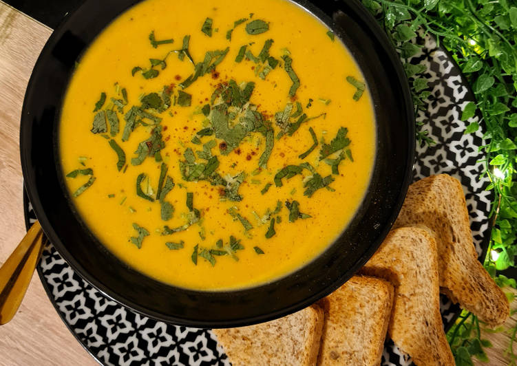 Steps to Prepare Homemade Roasted Butternut Squash Soup
