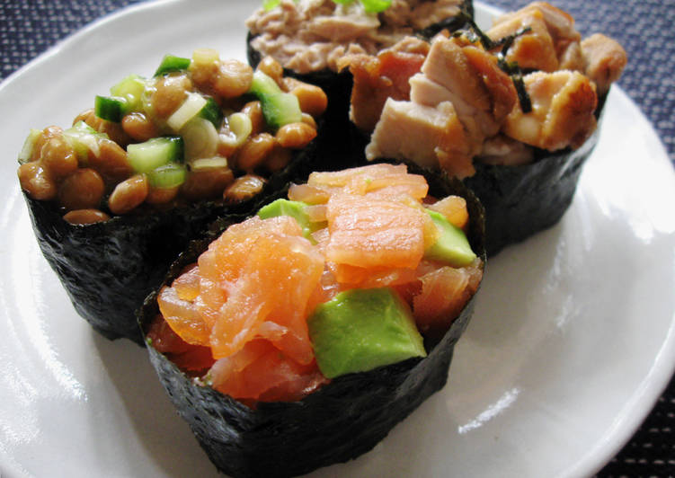 'Gunkan' Maki Sushi