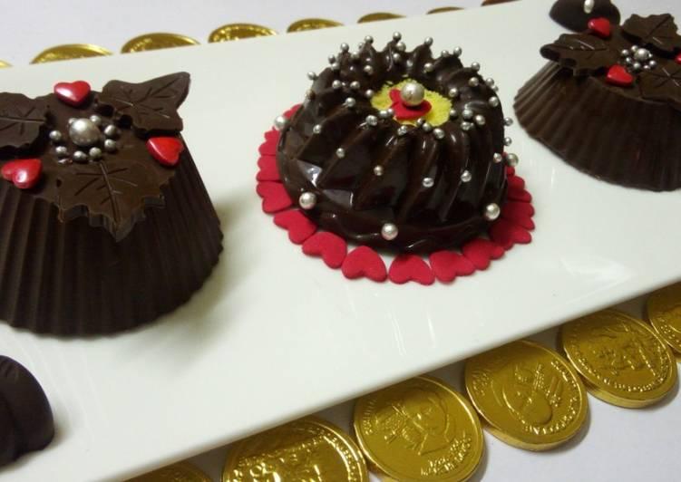 Vanilla cake and Oreo stuffed chocolate