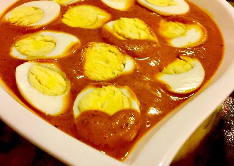 Egg Curry In A Tomato Gravy