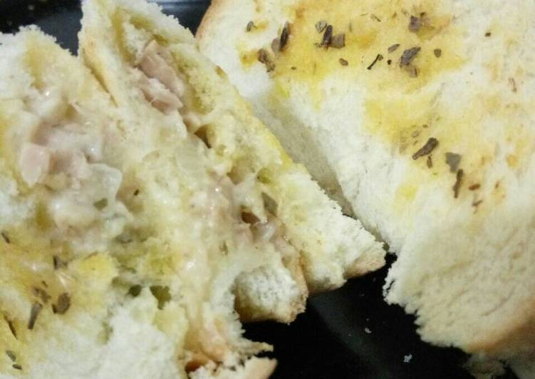 Garlic Tuna Mayo Toast