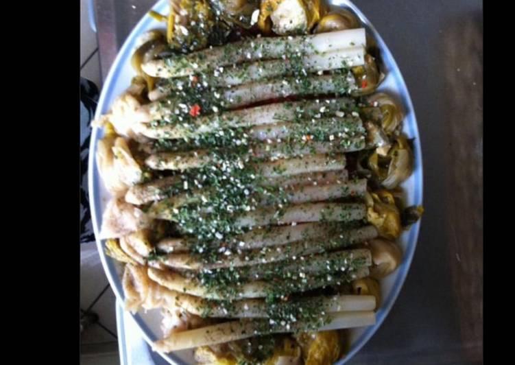 Recette Savoureux Salade d asperges blanches et poireaux aux herbes et vinaigrette