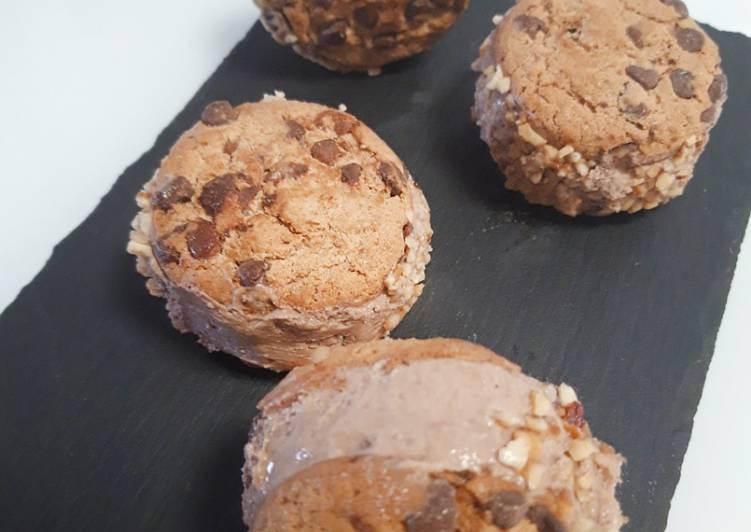 Ricetta Biscotto gelato alla crema di nocciole (senza gelatiera)
