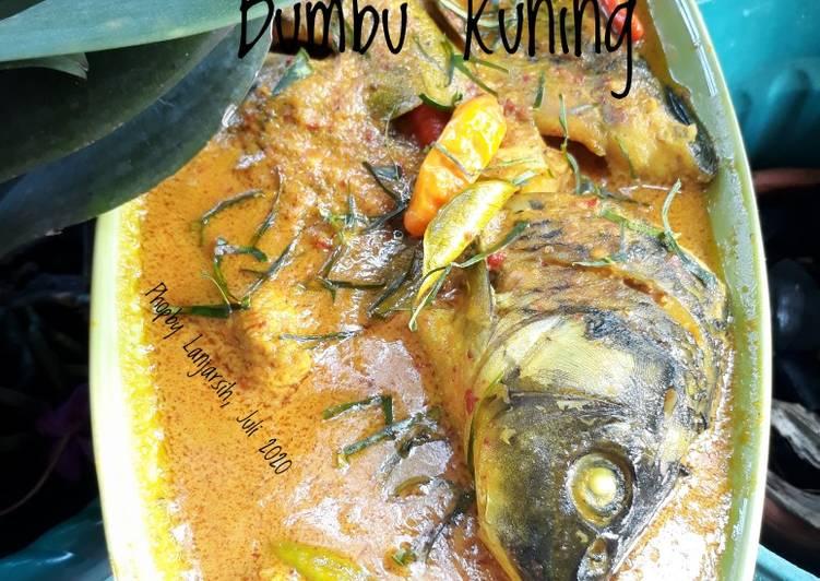 Ikan Mas Bumbu Kuning