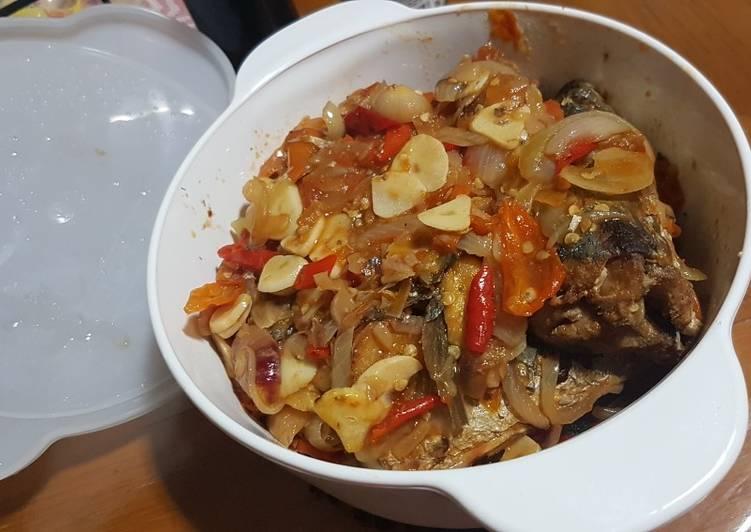 Ikan Kembung Layang bumbu Sarden Homemade