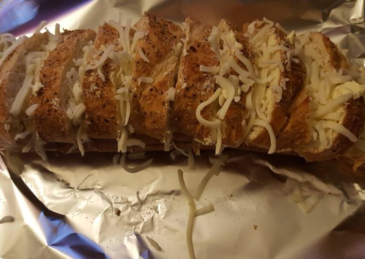 The Original Garlic Cheesy Bread