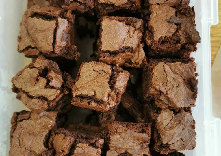 Recipe of Super Quick Homemade Chocolate Brownies in thermomix