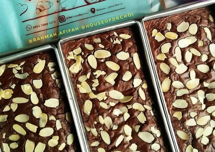10. Fudgy (Shiny Crust) Brownie