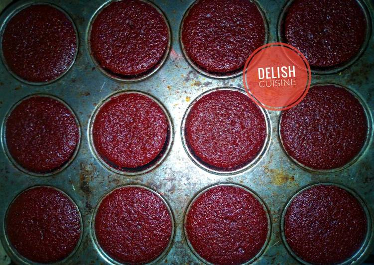 Steps to Make Favorite Red velvet cupcakes (oil based)